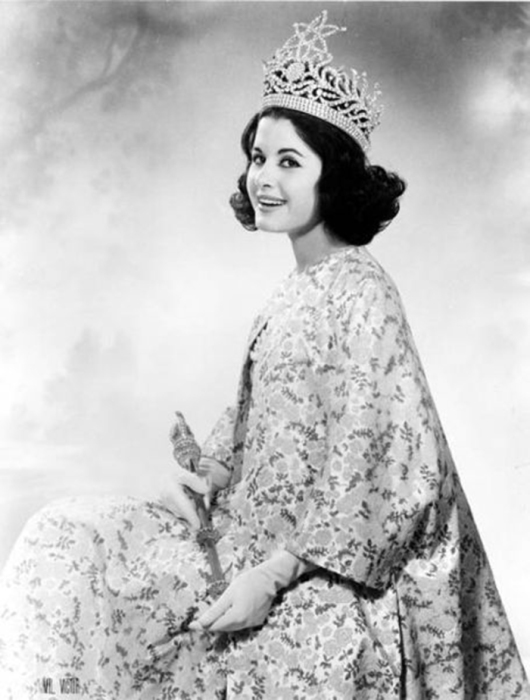 Первая аргентинка, завоевавшая титул «Мисс Вселенная 1962».