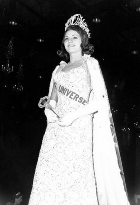 Бразильская модель, победительница конкурса «Мисс Вселенная 1963».
