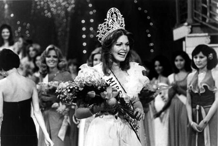 Победительница конкурса «Мисс Вселенная 1976».