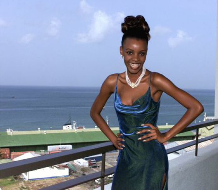 Победительница конкурса «Мисс Вселенная 1999».