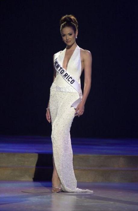 Победительница конкурса «Мисс Вселенная 2001».