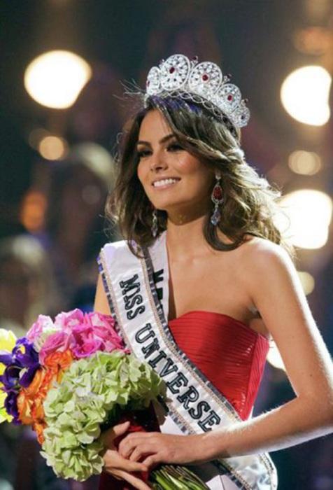 Мексиканская модель и победительница конкурса «Мисс Вселенная 2010».