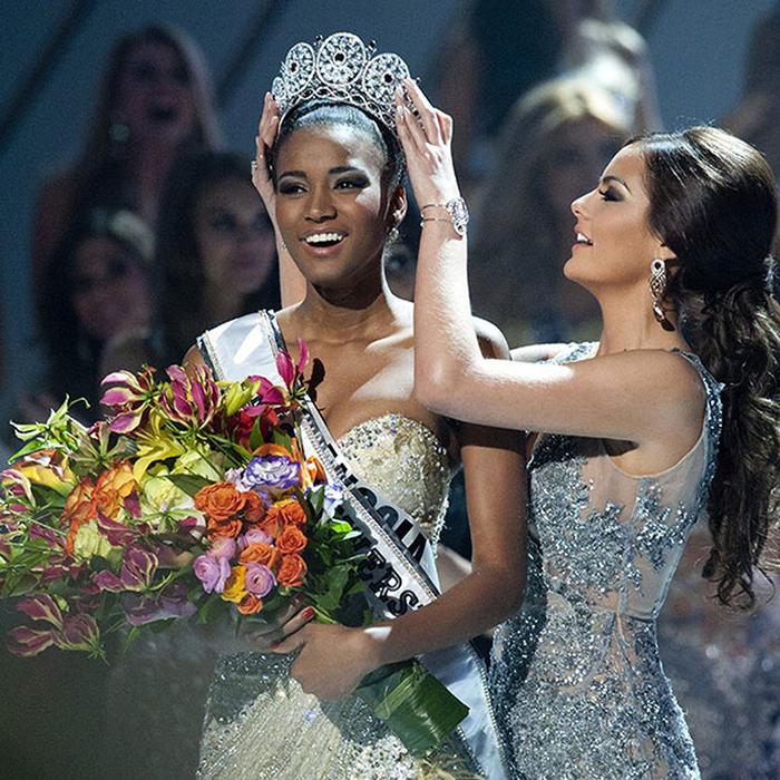 Ангольская модель и победительница конкурса «Мисс Вселенная 2011».