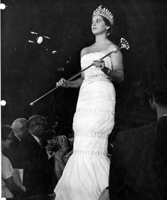 Колумбийская фотомодель, Мисс Колумбия 1957 и победительница конкурса «Мисс Вселенная 1958».