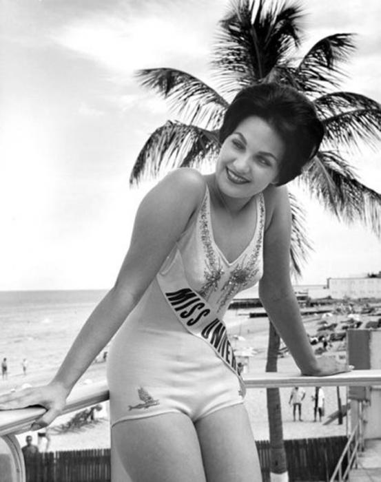 Вторая Мисс Юта, завоевавшая титул Мисс США и победительница конкурса «Мисс Вселенная 1960».