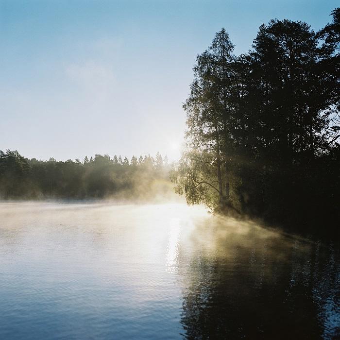 Раннее утро на озере Songsvann. Норвежский фотограф Атле Роннинген.