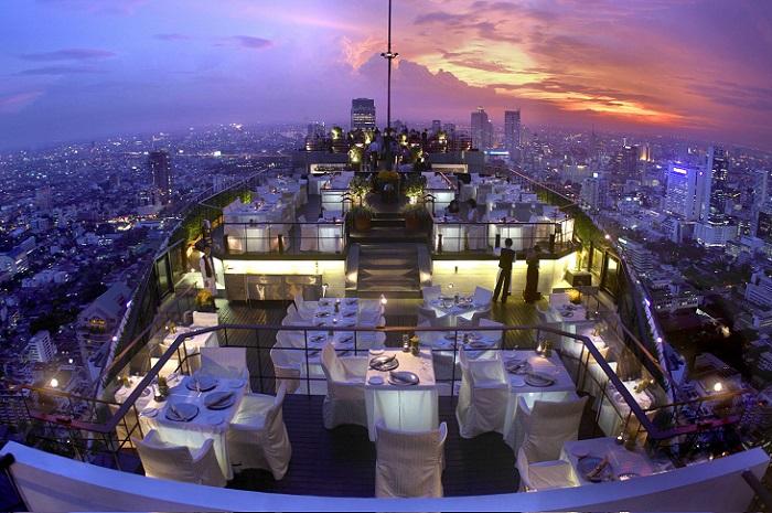 Является одной из самых удивительных достопримечательностей в городе Бангкок.