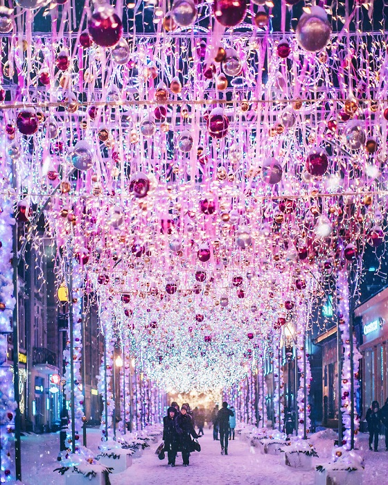Зимняя сказка, пришедшая на улицы Москвы.