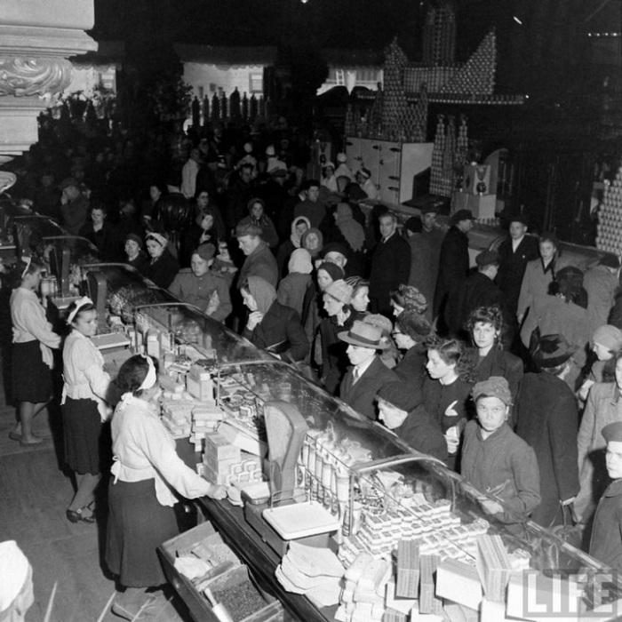 Гастрономическое изобилие в послевоенный 1947 год.