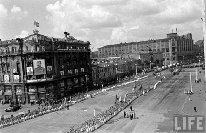 Построение перед парадом. Москва, 1947 год.