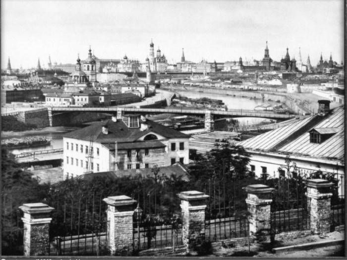 Вид Кремля со Швивой горки.