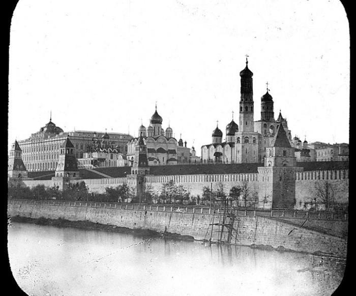 Знакомый облик кремлевского ансамбля.