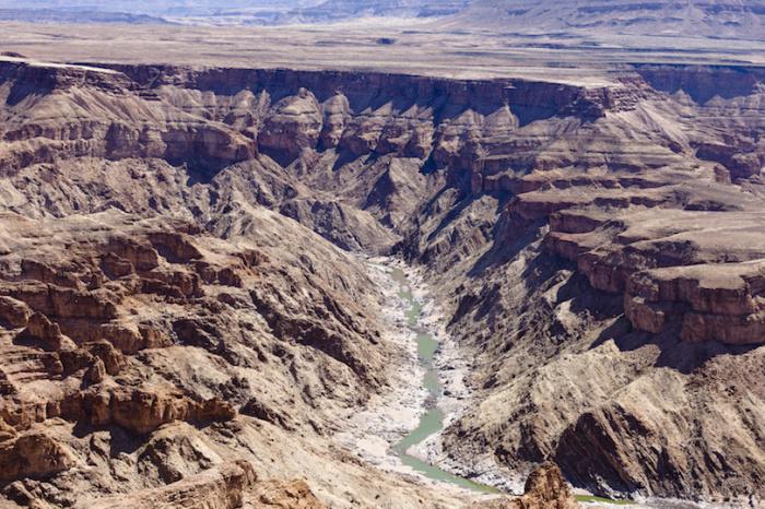 Уникальный природный резерват, который по своим размерам уступает только известному Гранд Каньону в США.