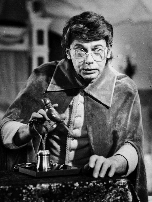 Советский и российский актёр театра и кино Александр Демьяненко на съемках. 1979 год.
