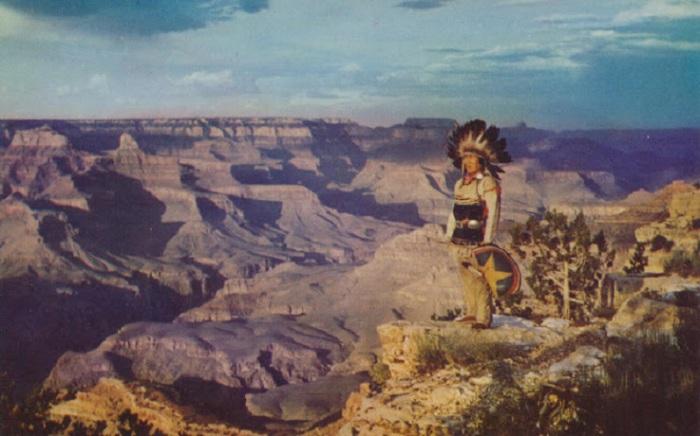 Индейцы племени хавасупай, живущие у каньона более 800 лет, называют его «горой, перевёрнутой наоборот».