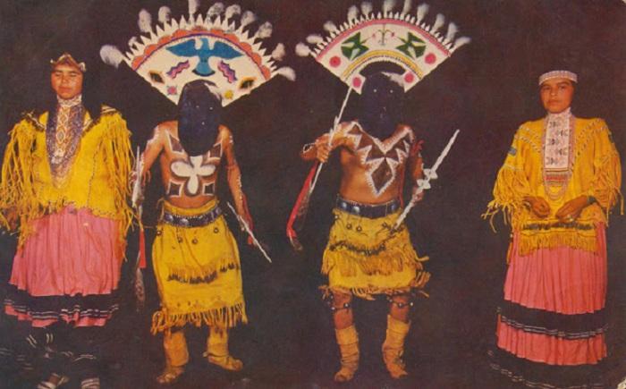 Индейские дьявольские танцы.