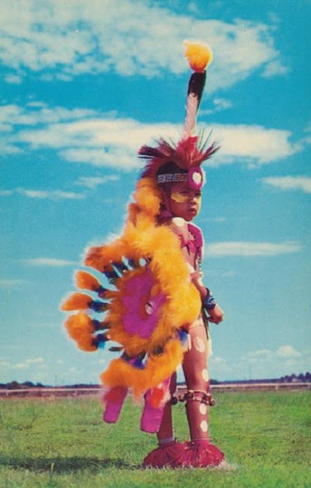 Участница многих индейских торжеств.