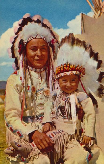 Долгожданный наследник в индейской семье.