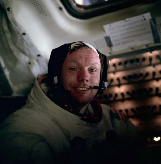 20 июля 1969 года Нил Армстронг стал первым человеком, который ступил на поверхность Луны.