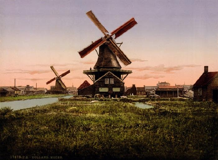 Все эти ветряные мельницы использовались не для получения муки, а для перекачки воды.