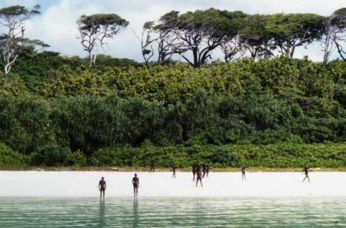 Один из Андаманских островов в Бенгальском заливе.