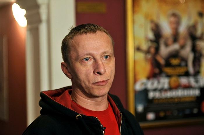 Российский актёр, режиссёр, сценарист, драматург, журналист и писатель.