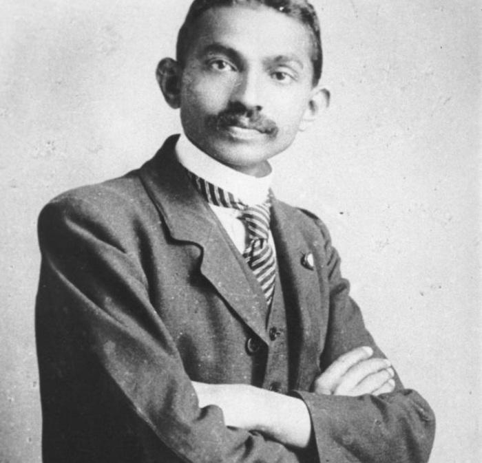 Известный как Махатма Ганди, — один из руководителей и идеолог национально-освободительного движения Индии.