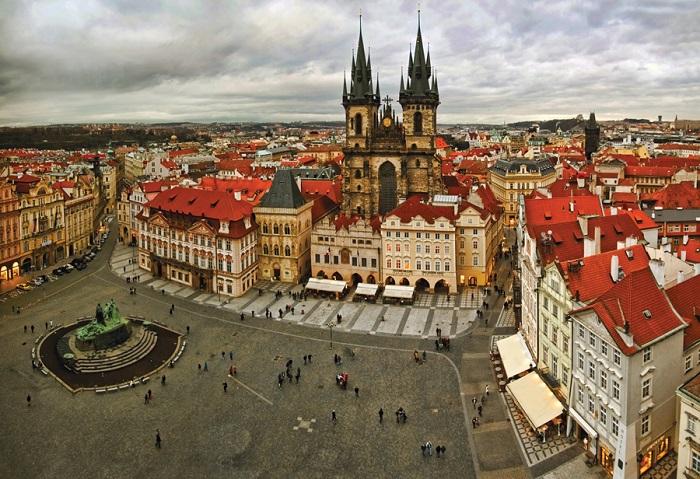 Одна из самых популярных и красивых мест в Праге.