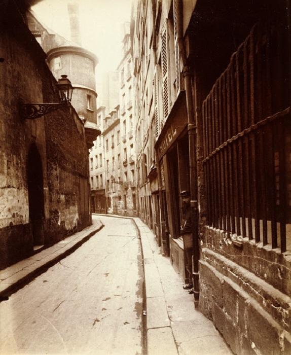 Улочка на окраине Париже. Франция, 1921 год.