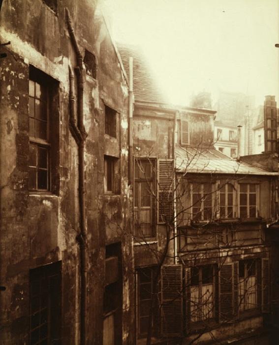 Старый Париж в фотографиях Эжена Атже.