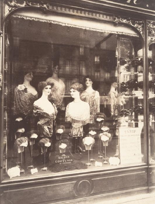 Магазин на Страсбургском бульваре. Франция, Париж, 1910 год.