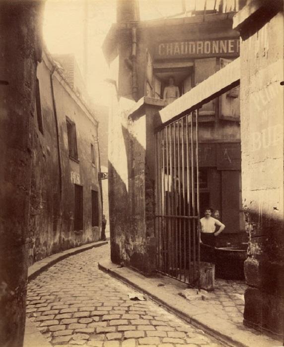 Слесарная мастерская в пригороде Парижа. Франция, 1911 год.