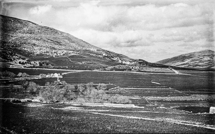 Панорама, которая открывается с холма на равнину между Шхемом и Иерусалимом.
