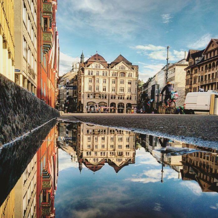 Молодой фотограф очень любит путешествовать и считает туризм одним из источников своего вдохновения.