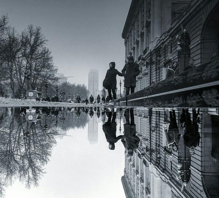 Некоторые изображения автор перевернул – не сразу можно понять, где отражение, а где реальность.