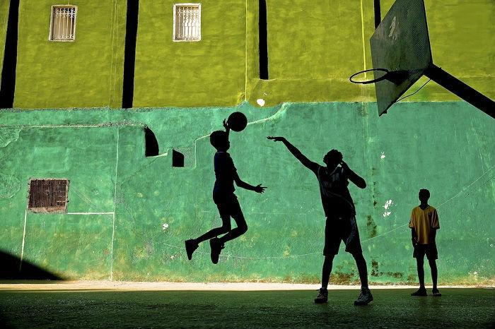 Автор снимка «Один на один» – американский фотограф Джереми Ласки (Jeremy Lasky).