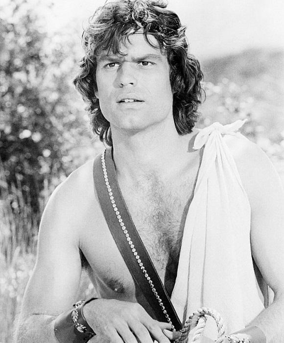 Гарри Хэмлин, американский актер, сыгравший адвоката Майкла Кузака в сериале «Закон Лос-Анджелеса» с 1986 по 1991 годы.