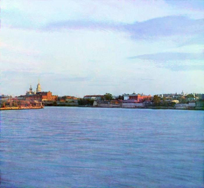 «Вид на р. Миасс в Челябинске».