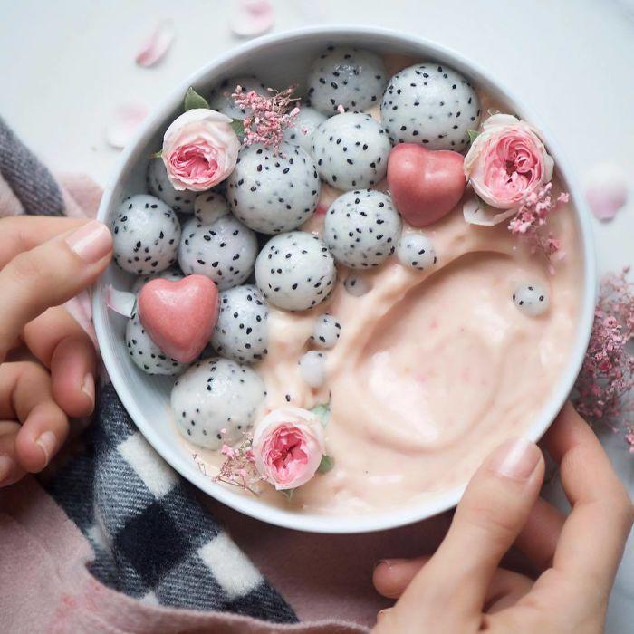Для нежных и романтических совместных завтраков.