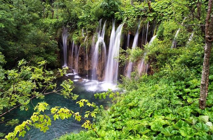Национальный парк «Плитвицкие озера».