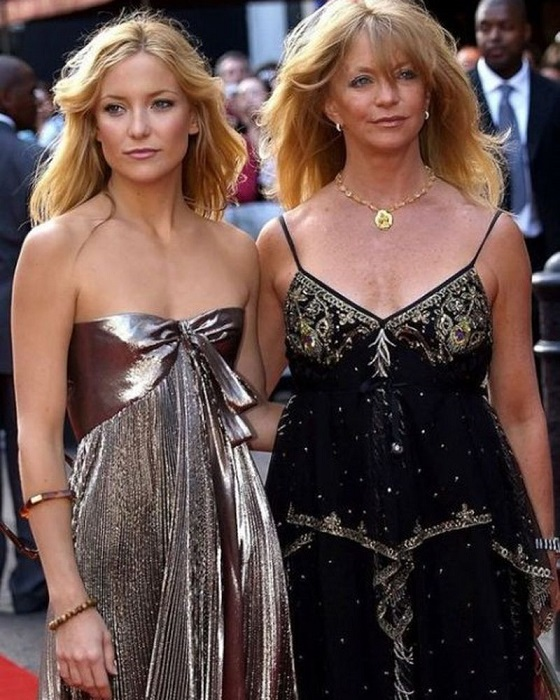 Прорывом для Кейт Хадсон стала роль Пенни Лейн в фильме Кэмерона Кроу «Почти знаменит» (2000 года), и она принесла юной актрисе премию «Оскар» за лучшую роль второго плана.