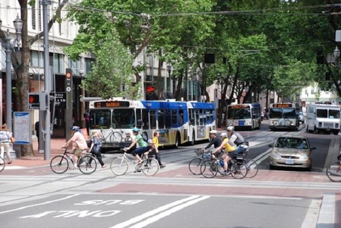 Высшее место в списках наилучших городов для велосипедистов.