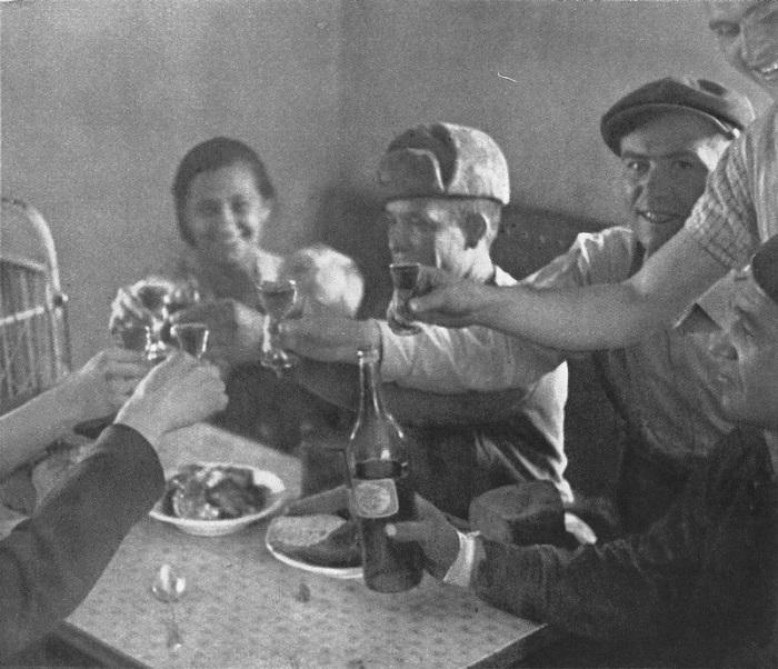 Тост за освободителей Чехословакии.