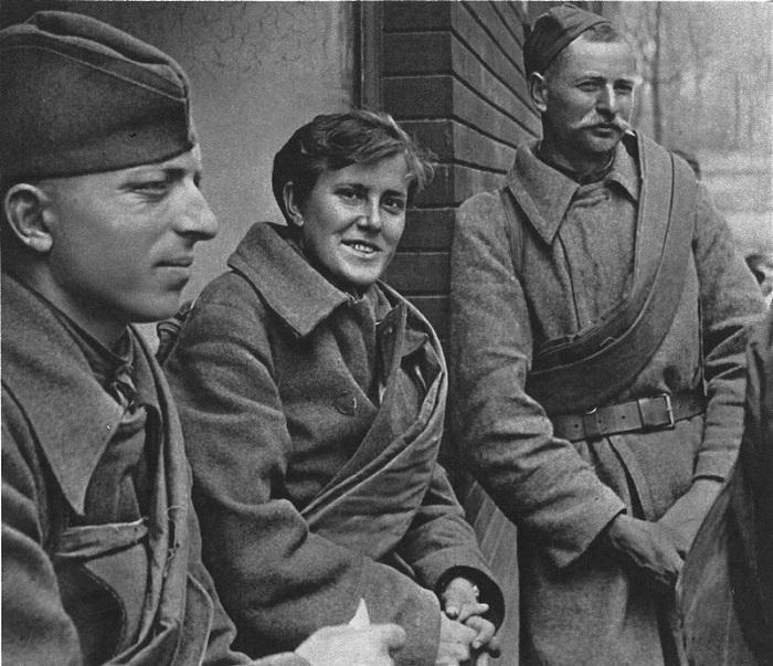 Советские солдаты в Праге.