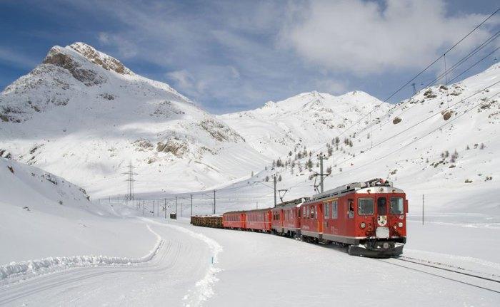 Ретийская железная дорога была задумана как средство привлечения туристов в отдаленные и труднодоступные районы Швейцарии.