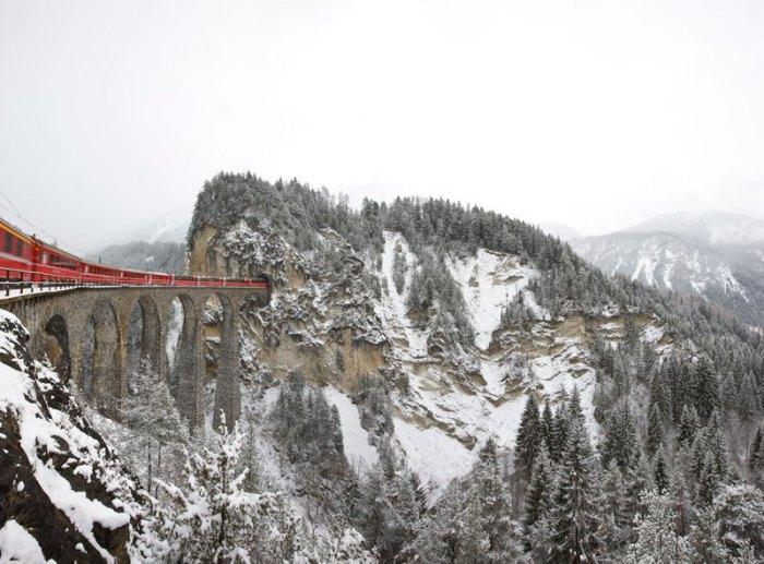 Экспресс, на котором можно совершить незабываемое путешествие по одному из красивейших железнодорожных маршрутов в мире.