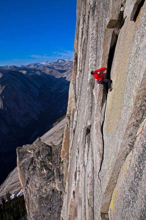 Любитель покорять вершины. Фото: Джимми Чин.