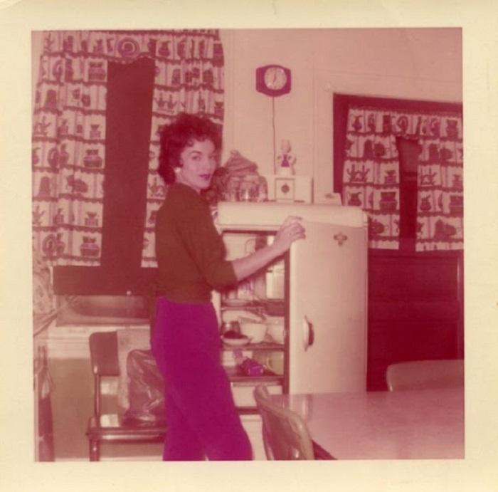 Холодильник - центральный объект любой американской кухни.