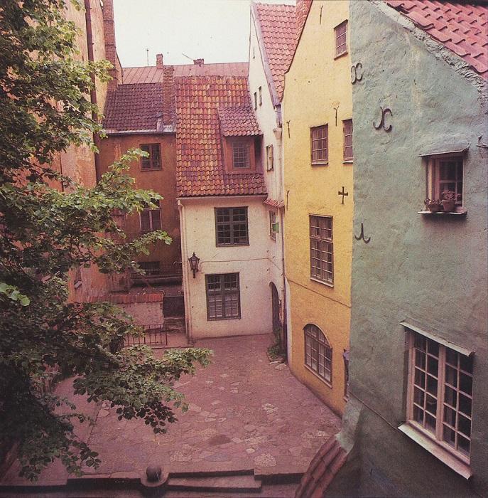 Три Брата — комплекс старинных зданий в центре Старой Риги.