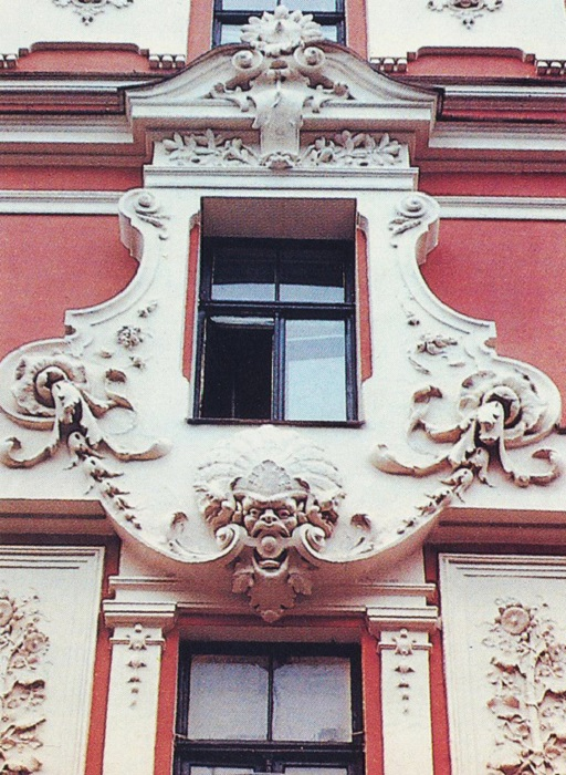 Архитектура Риги заинтересует всех, кто любит ходить по городу и осматривать интересные постройки.